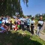 Пловдивчанчета наблюдаваха с бинокли птици по река Марица